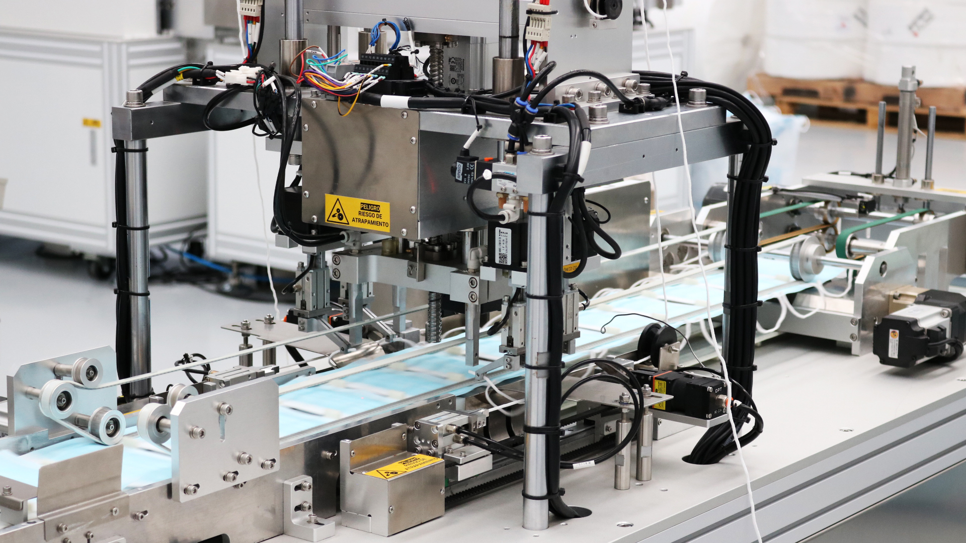 Fabrica de mascarillas en España